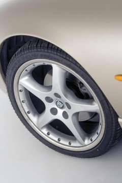 Jaguar XK8 & XKR - Classic Car Reviews | Classic Motoring