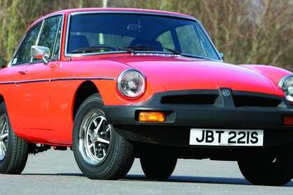 MGB (Rubber Bumper) - Classic Car Reviews | Classic Motoring