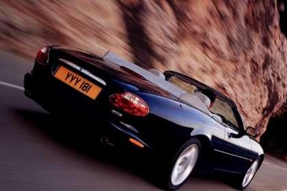 Jaguar XK8 - Classic Car Reviews   Classic Motoring Magazine